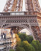 See Paris - and survive. Romantic story about love