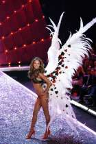 "Victoria ""s Secret Fashion Show 2013"